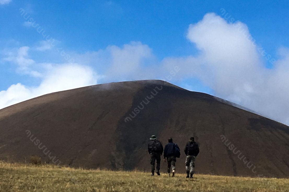Արմաղան լեռ