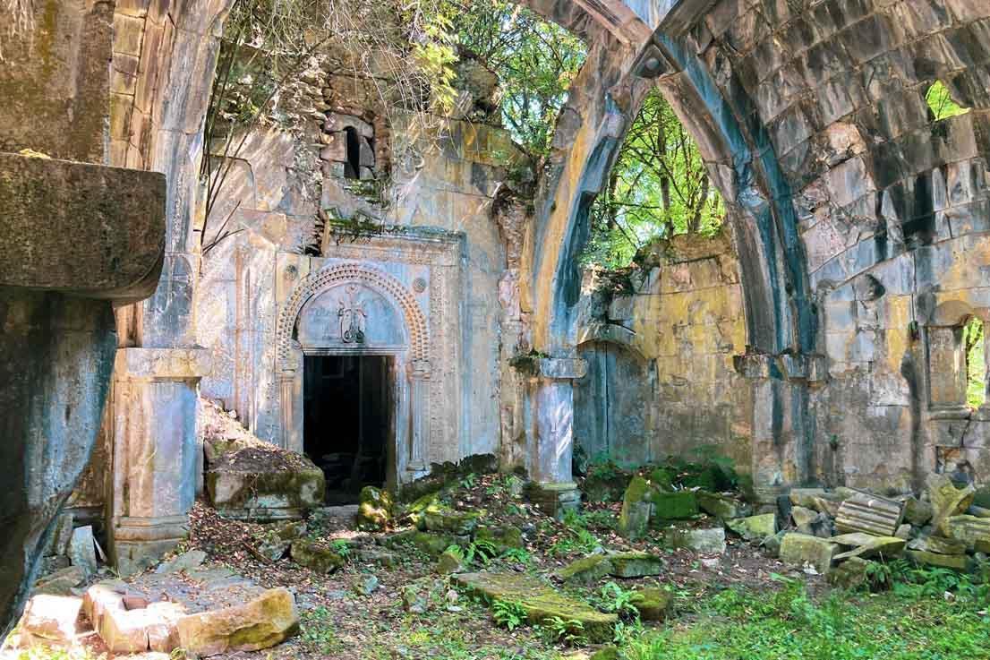 Монастырь Дегдзут