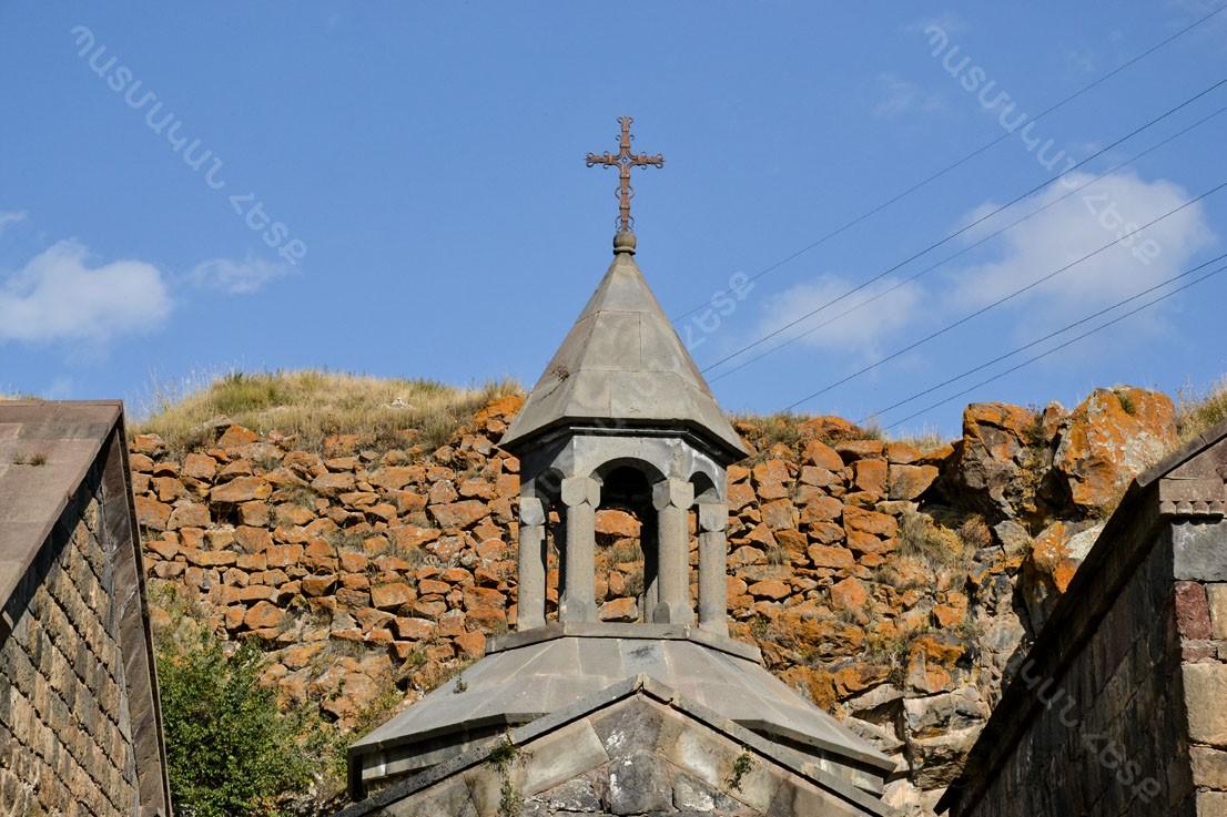 Վանեվանի Վանք